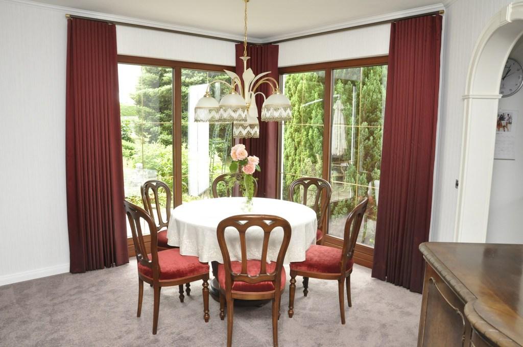 Stühle polstern und neu beziehen